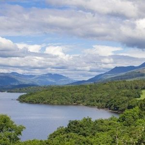 to keep Balmaha clean. Loch Lommond is famous for its views, its walks, and its landascape. Thousand of tourists go there every year. Published at The Green Bee: Eco-Journalism. Author Juanele Villanueva