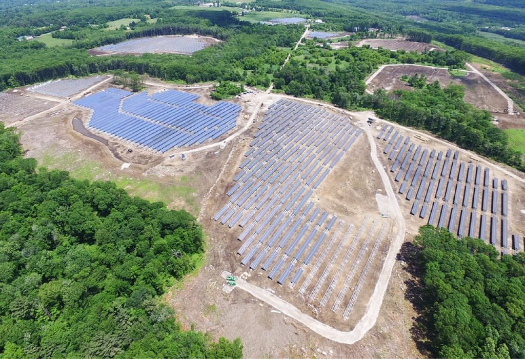 The impact in the land of a 16 mw solar farm. Adelante Almogia says they are in favour of renewables but not on that way