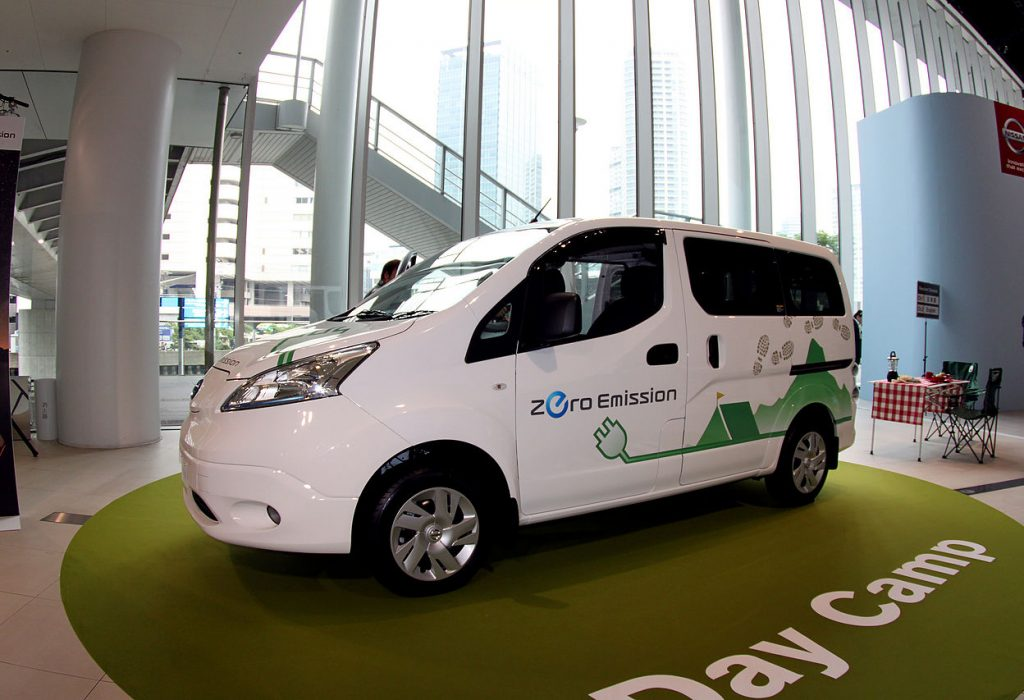 Switch taxi to electric. Nissahn NV200 is fully electric. It's wheelchair access. His the first electric taxi in Dundee. published at The Green Bee: Eco-Journalism. author Juanele Villanueva